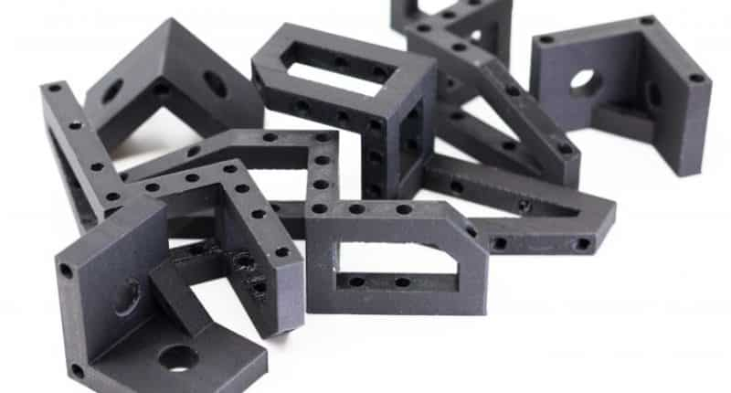 ONYX FR: The first fireproof material for the aerospace, defence and automotive sectors.
