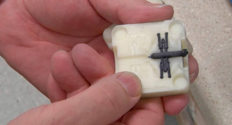Injection molding and 3D printed parts: the Bi-Link case